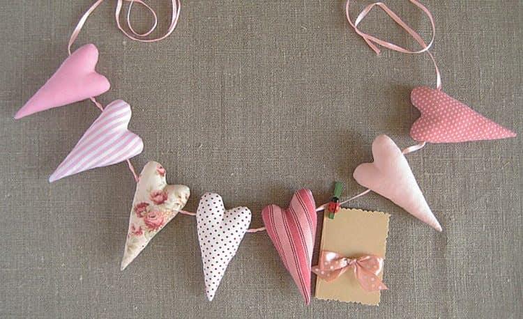 Сердечки - лучший подарок на 14 февраля для влюбленных!