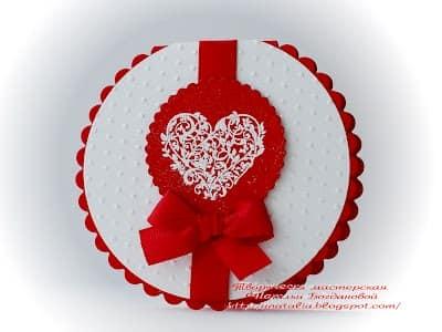 Круглая открытка с печатью на день Валентина