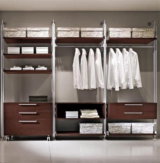 Готовые гардеробные для спальни с полками, вешалками и ящиками для хранения