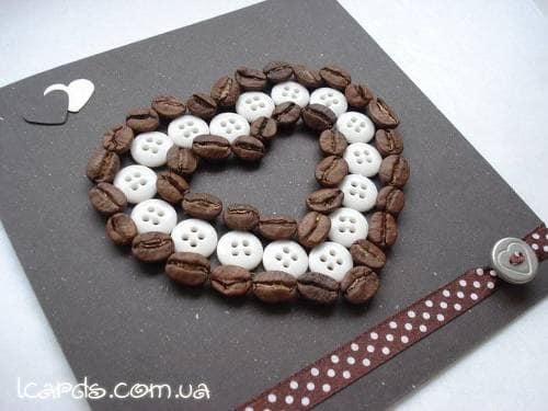 Открытка из кофейных зерен на день святого Валентина