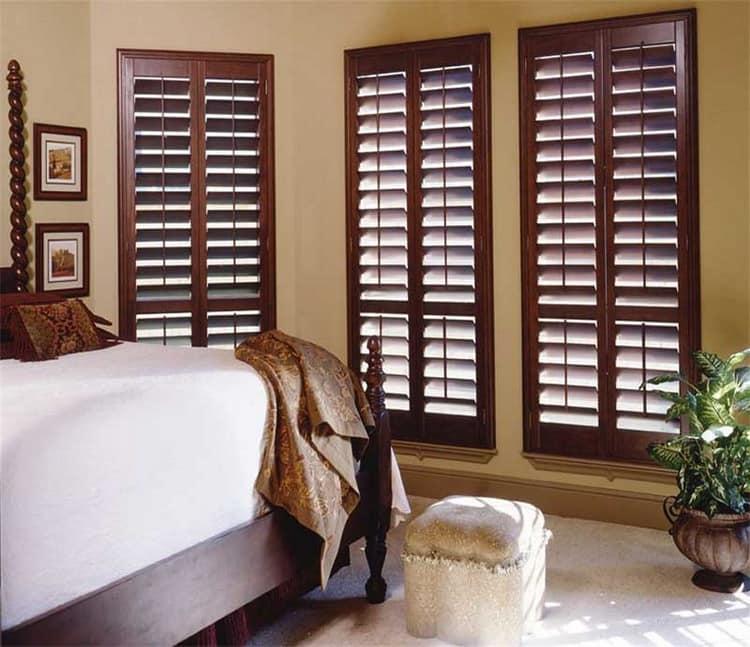 Ставни на окнах: деревянные, декоративные, металлические