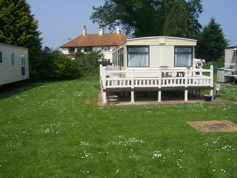 Летний мобильный английский домик фото