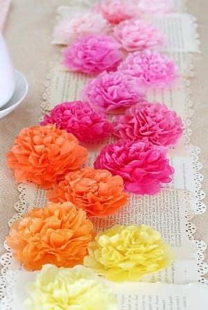 Искусственные цветы для декора стола на 14 февраля