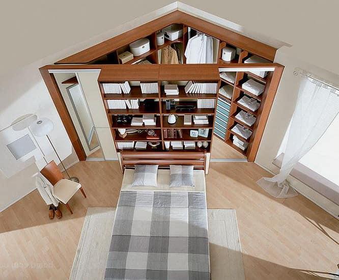 Необычное использование угла спальни под компактную гардеробную
