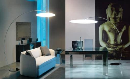 Металлические напольные светильник в hi-tech гостиной