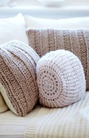 Самодельные подушки из старых вещей