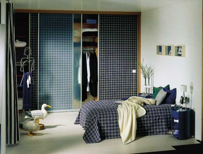 Шкаф-купе для гардероба в спальне