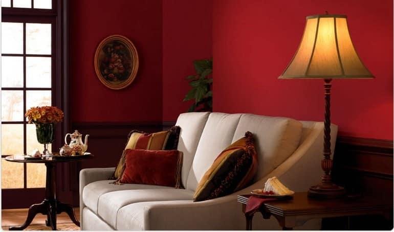 Торшер - самый популярный светильник в гостиной