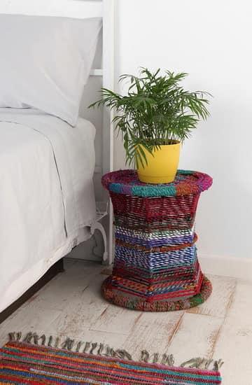 Вязаный декор подставки для цветов