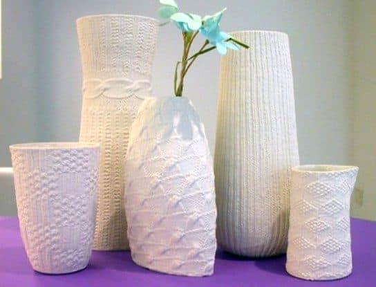 Оригинальные вязаные вазы