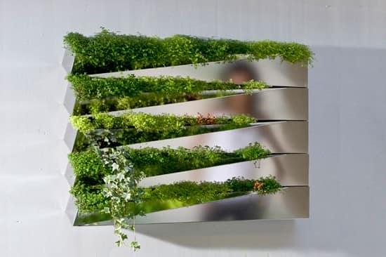 """Дизайнерское """"цветущее"""" зеркало с настоящей травой на поверхности"""