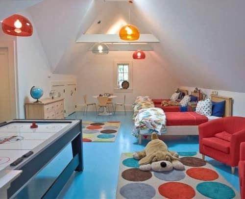 Делаем детскую комнату на чердаке