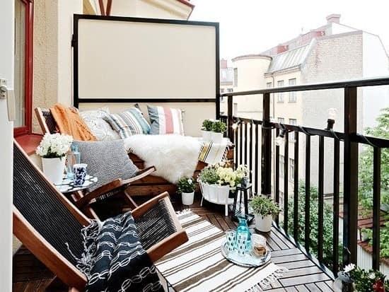 Как сделать уголок отдыха на своем балконе фото