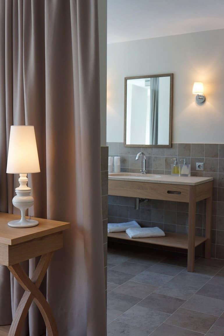 Ванная комната в номере отеля Dollerer's