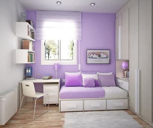 Фиолетово-белая комната для девушки