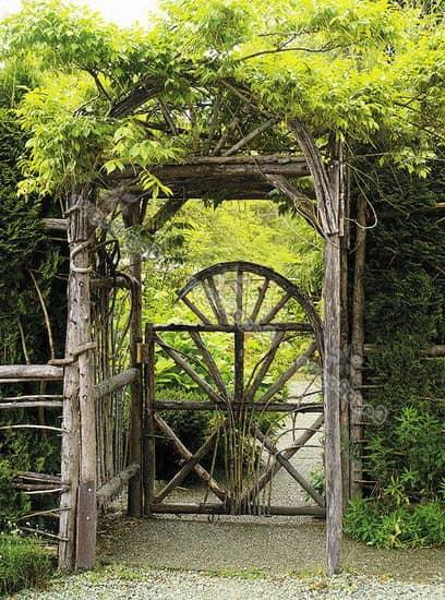 Деревянная плетеная калитка