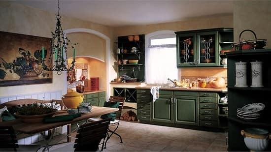 Кухня в стиле кантри с темной мебелью