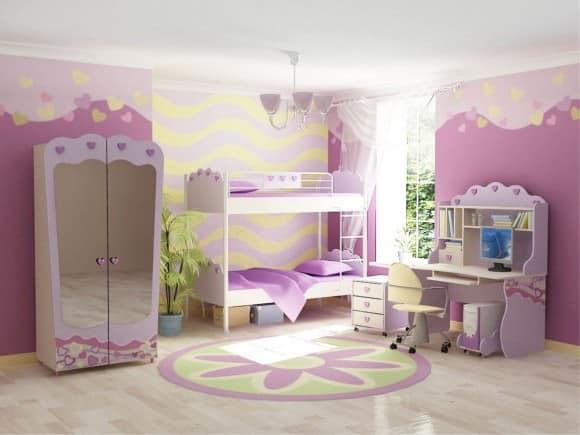 Кровать для принцессы в небольшой спальне
