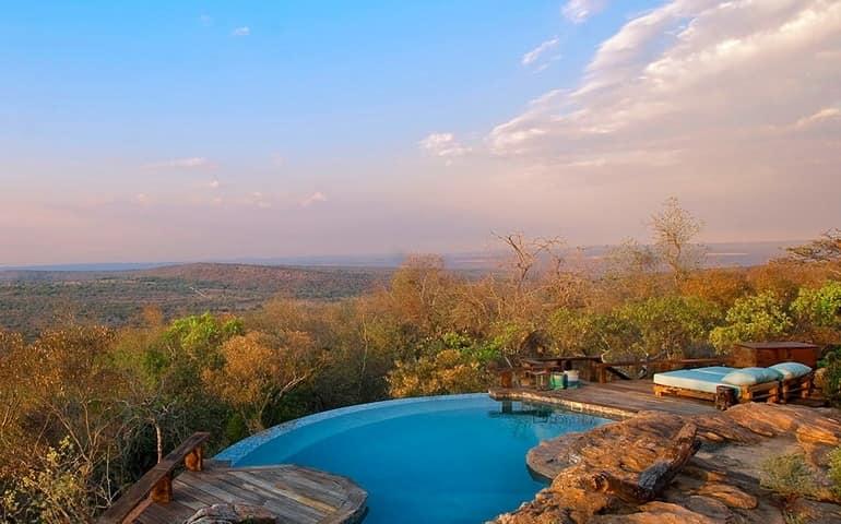 Шикарный вид с виллы на африканские пейзажи + огромный бассейн