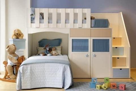 Компактная детская комната для двух мальчиков
