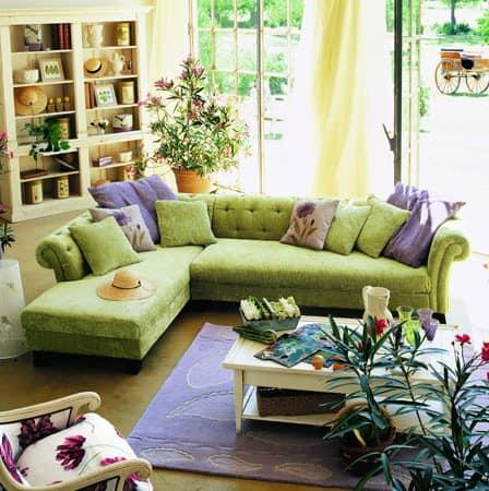 Зеленый диван в гостиной - самый популярный вариант мебели этого цвета