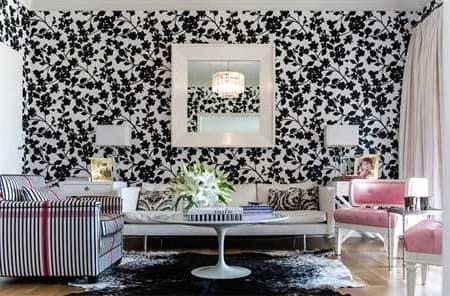 Черно-белые обои в гостиной фото