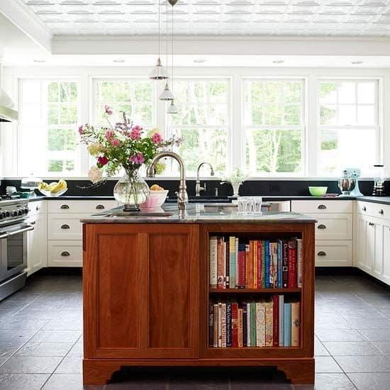 Самодельный остров на кухне фото
