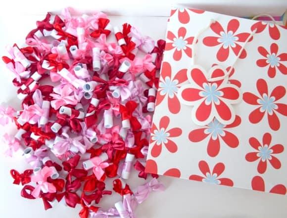 Признания в любви с подарочном пакете