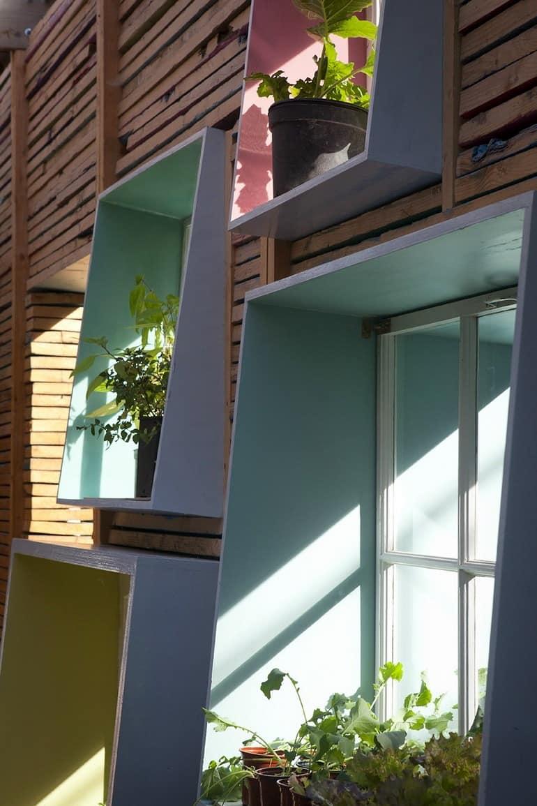 Внимание к деталям - асимметричное расположение витрин