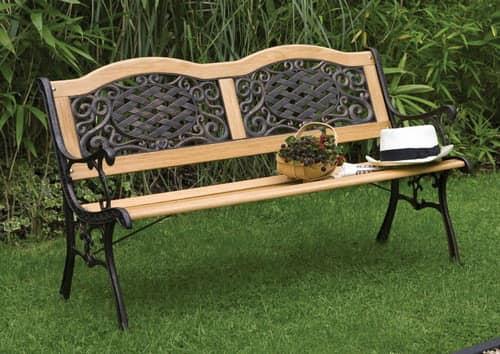 Комбинированная скамейка из дерева и металла со спинкой