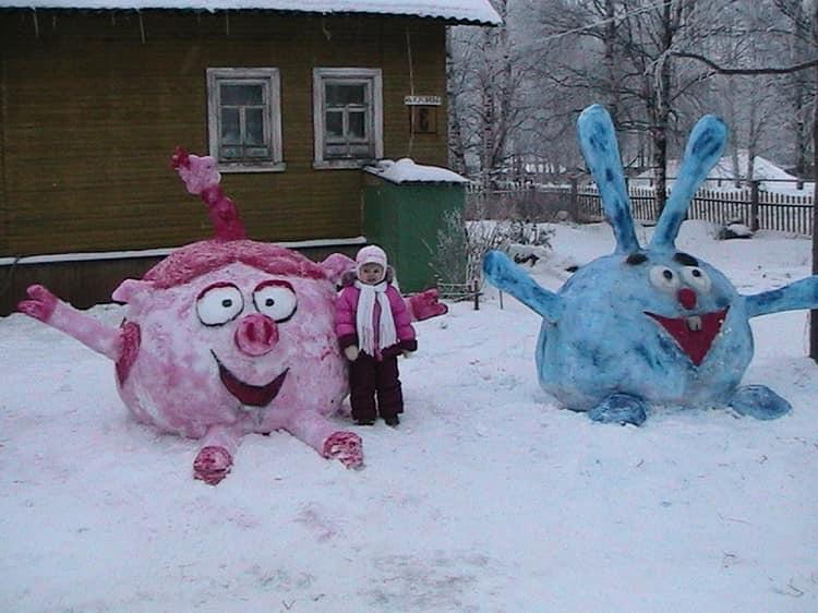 Как слепить смешариков из снега