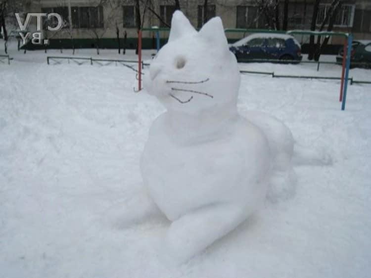 Как слепить кошку из снега своими руками