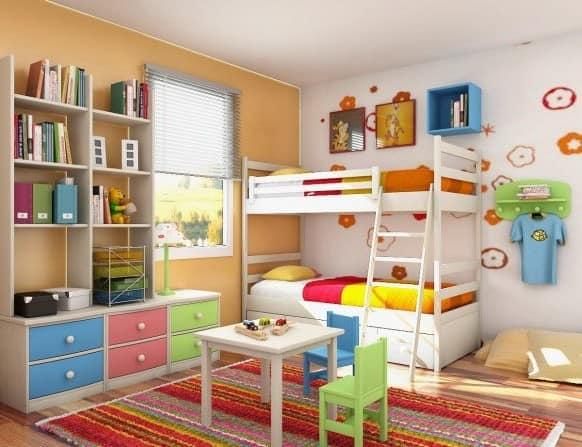 Детская для двух девочек с двухярусной кровати