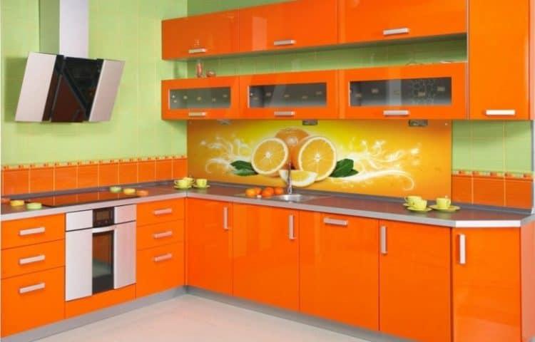 Дизайн яркой оранжевой кухни фото