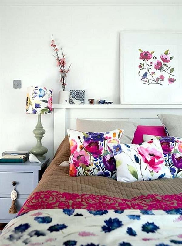 Текстиль с принтом цветы в декоре интерьера