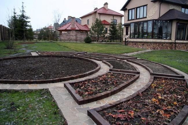 Делаем бордюр оградку для декоративного огорода