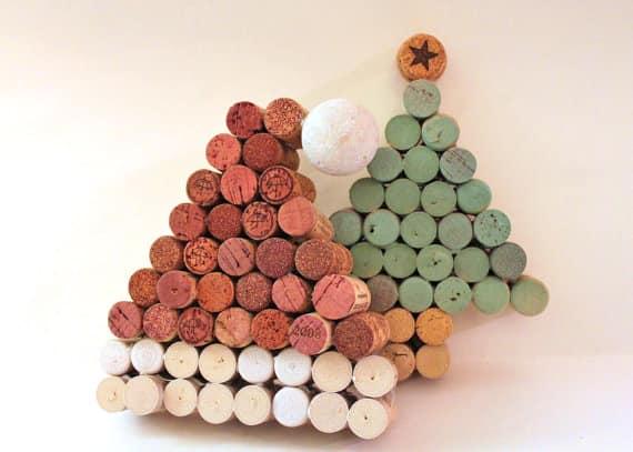 Шапка Деда Мороза и новогодняя елочка из винных пробок своими руками