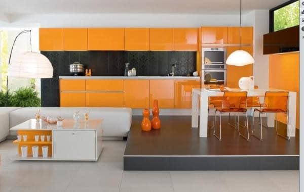 Красивая оранжевая кухня на фото