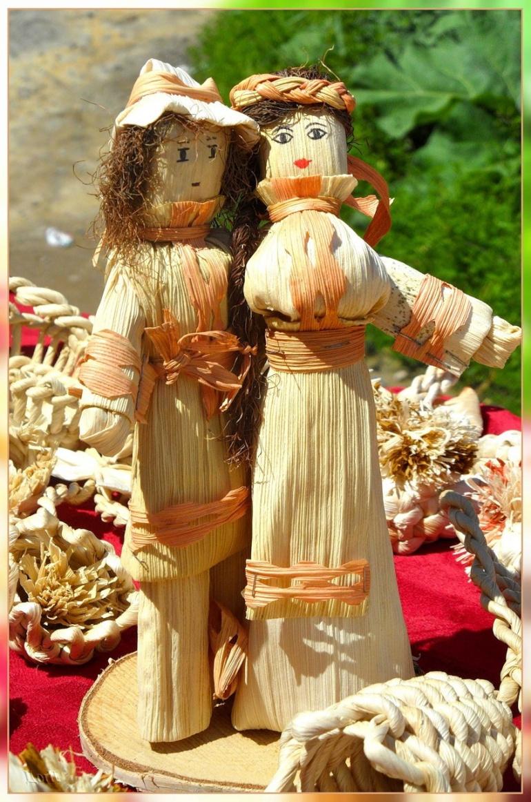 Куклы из листьев кукурузы для декорирования дома
