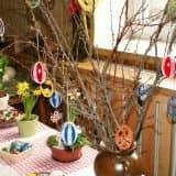 Пасхальное дерево с яйцами