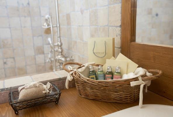 Аксессуары для ванной в стиле кантри или прованс