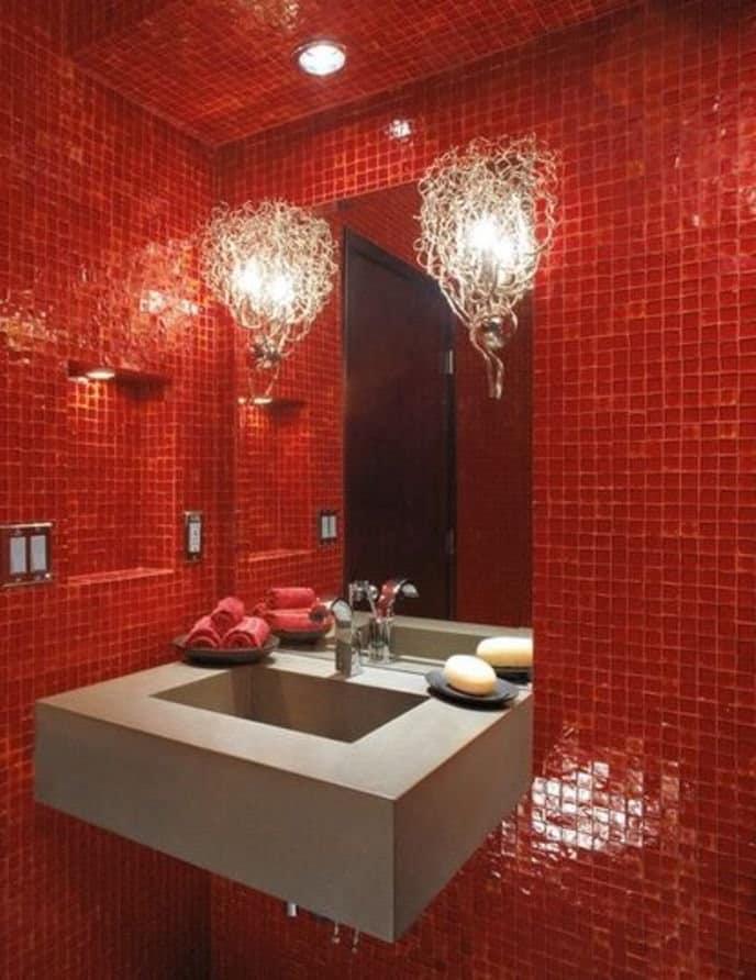 Декорирование ванной в красном цвете