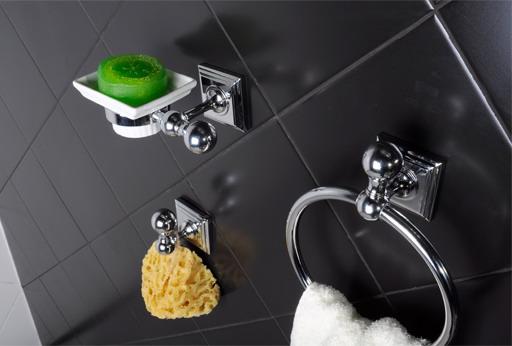 Аксессуары для украшения интерьера ванной черного цвета