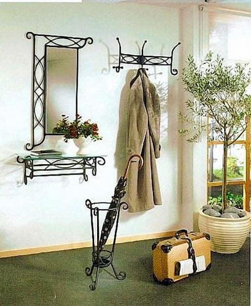 Кованые предметы мебели для прихожей