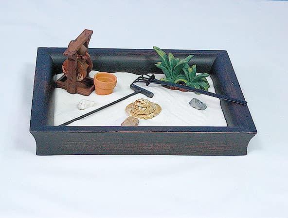 Миниатюрный японский сад камней