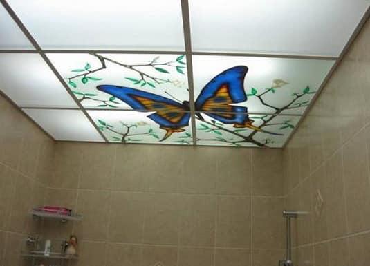 Подвечной потолок в ванной - подсветка изнутри