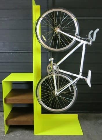 Шкаф-полка для хранения велосипеда на балконе