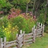Забор для сада в стиле кантри