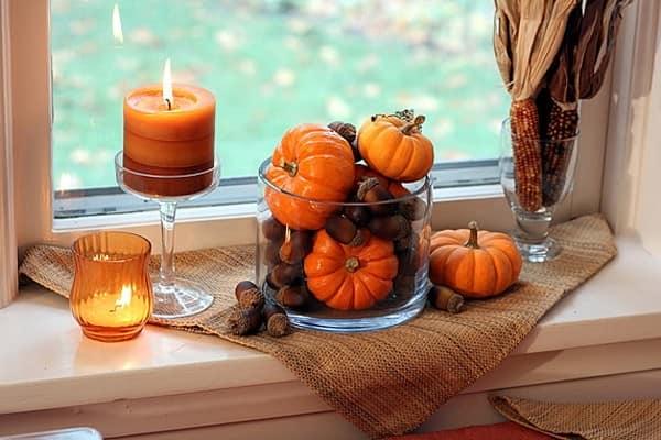 Осенний декор подоконника: Хэллоуин