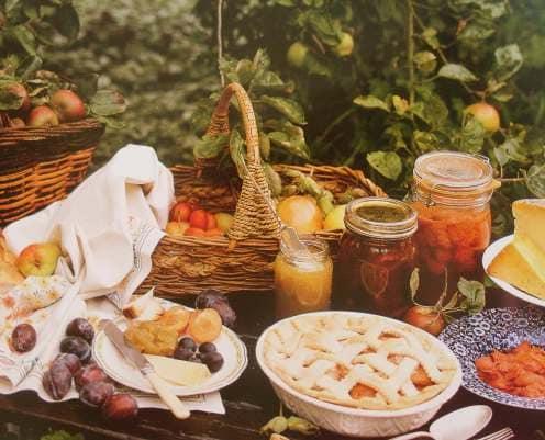 Плетеные корзины - украшение пикника